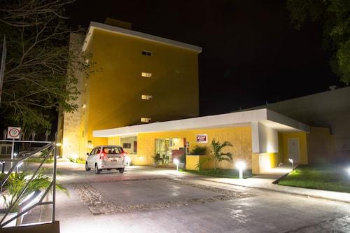 薩爾梅里達飯店
