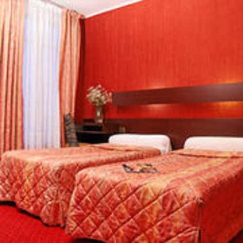 卡美拉國際飯店
