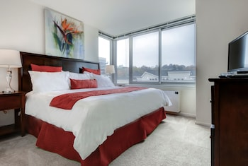 Global Luxury Suites at White Plains
