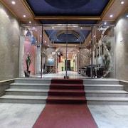艾雅瑪瑪宮阿莫薩爾 13 號飯店