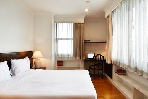 河邊宮殿服務式公寓飯店