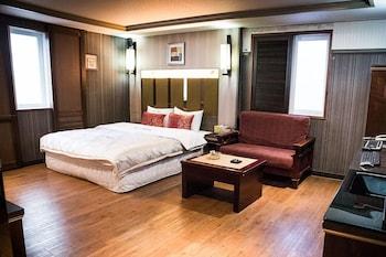 南浦洞七汽車旅館