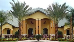 SWEET 5 Bedroom Holiday home by Follow the sun vacation Rentals
