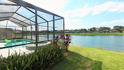 PHENOMENAL 4 Bedroom Holiday home by Follow the sun vacation Rentals