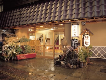 旅館 山田屋