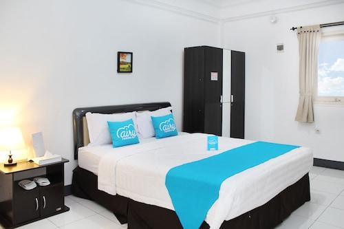 艾里龍目島馬塔蘭觀光飯店