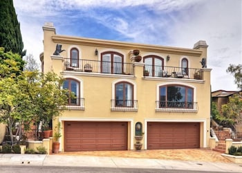 479 Morning Canyon Rd By Redawning In Newport Beach