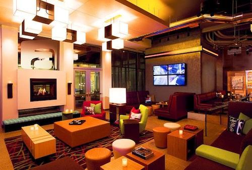 威奇塔東北雅樂軒飯店