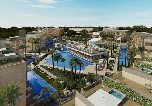 棕櫚市薩菲羅皇宮飯店