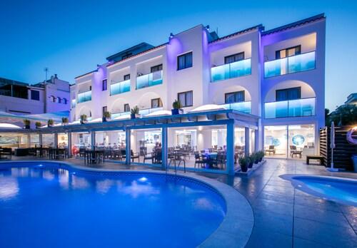 薩爾羅薩公寓飯店