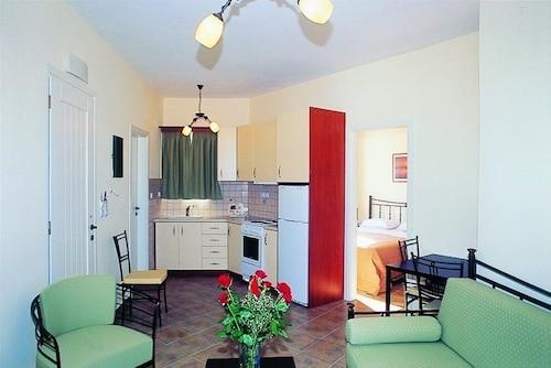 利瓦尼奧斯開放式公寓飯店