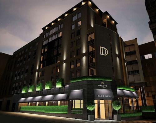 達科他里茲豪華飯店