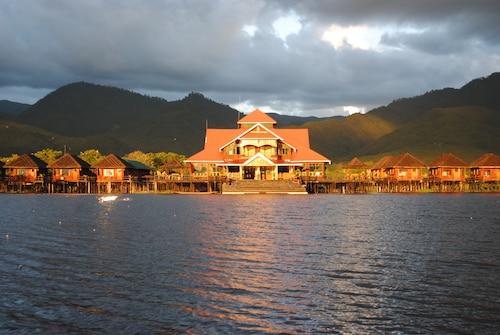 金島小屋塔勒屋飯店
