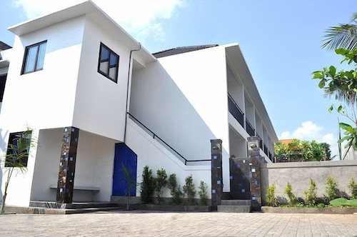 峇里水藍飯店