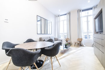 Luxury apartment in Opera - The Louvre