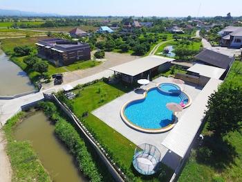 瑪琳姆別墅泳池飯店