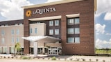 La Quinta Inn & Suites Dallas Plano - The Colony