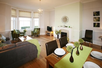 Langton Court Apartment