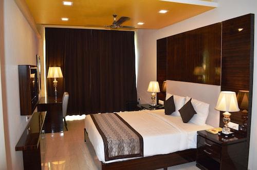 卡蘭古特中心飯店