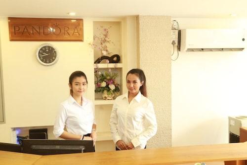 潘朵拉汽車旅館
