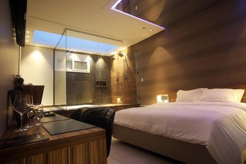 札亞頂級汽車旅館 - 僅限成人入住