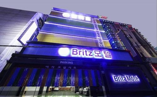 布里茨汽車旅館
