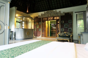 烏布普里帕莎飯店