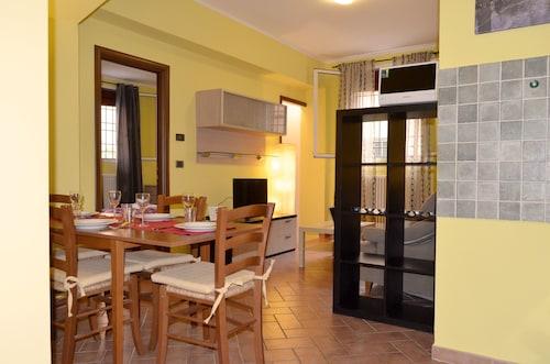 皮桑諾菲耶拉聖奧索拉公寓飯店