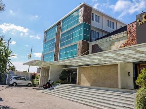 丹帕沙西烏瑪爾 339 號尼達飯店 - 凱莎公主飯店