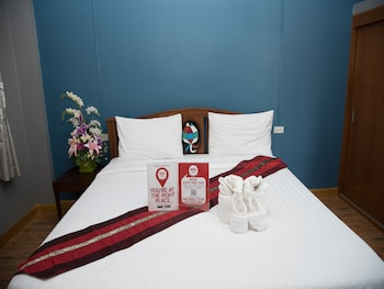 農海加萊 177 號尼達飯店