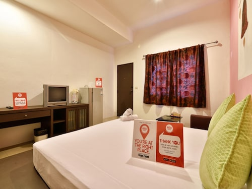 放鬆普爾胡恩塔萊 108 號尼達飯店
