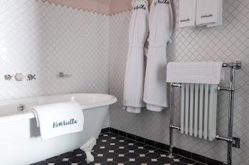 The Henrietta Hotel