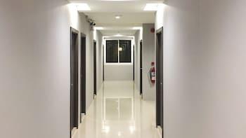 B2 Korat Boutique & Budget Hotel
