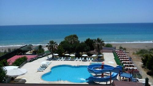 阿瓦隆海灘飯店 - 全包式