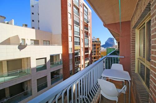 艾塔納卡爾佩海岸假日公寓飯店