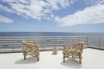 White Exclusive Suite & Villas