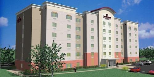 南紐華克大學區燭木套房飯店