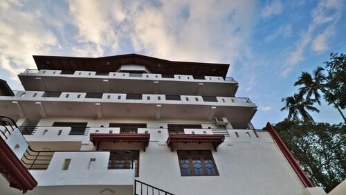 康提式藍星別墅飯店