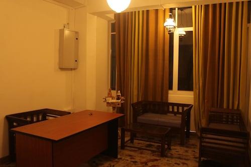 杜芭娜山頂住宅飯店