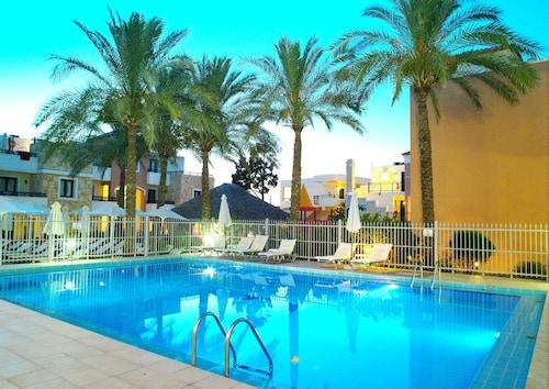 卡利茲薩基斯海灘飯店