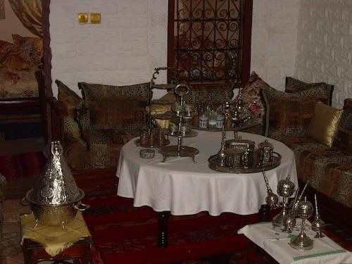 努扎達爾 A 飯店
