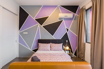 Luzzeri Suite Empire Damansara