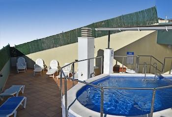 杜斯約米亞爾公寓飯店