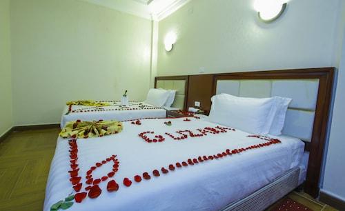 古扎拉飯店 - 僅限成人入住