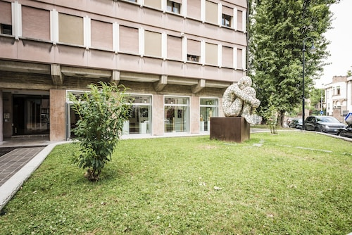 麥普雷思拉格歐羅巴公寓飯店