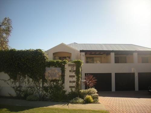 沙丘斯卡伯勒海灘飯店