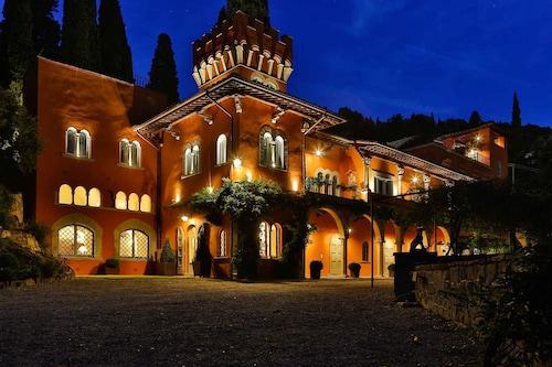 風坦尼爾艾波卡住宅別墅飯店