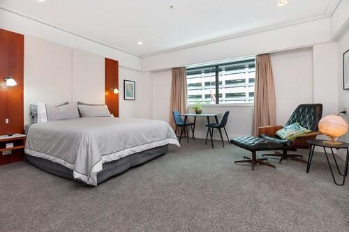 妹利水濱開放式公寓飯店