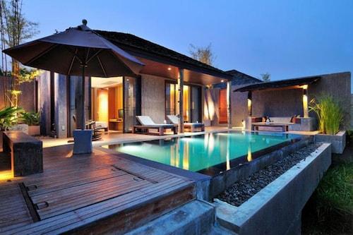 穆蒂瑪雅森林泳池別墅渡假村