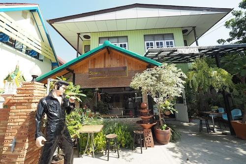 阿瑜陀耶慢樹飯店